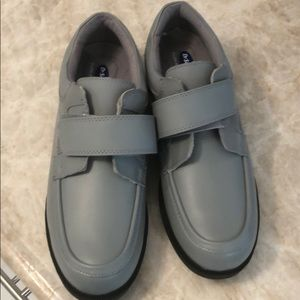 Dr. Scholls one strap leather casual shoes